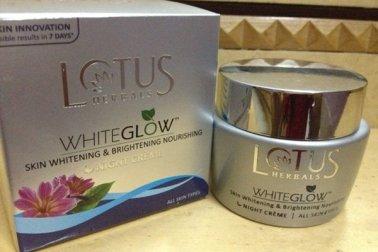 lotus-herbals-whiteglow-nig